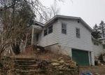 Foreclosed Home en BRINKERHOFF HILL RD, Chittenango, NY - 13037
