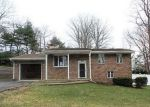 Foreclosed Home en POST BROOK RD S, West Milford, NJ - 07480