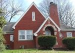 Foreclosed Home en TAYLOR AVE, Mount Vernon, IL - 62864