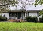 Foreclosed Home in EDGEWATER RD, Corbin, KY - 40701