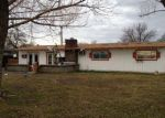 Foreclosed Home en CARSWELL DR, Moses Lake, WA - 98837