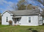 Foreclosed Home en W MAIN ST, Waverly, VA - 23890
