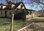 Foreclosed Home en HOWARDSVILLE TPKE, Stuarts Draft, VA - 24477