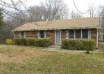 Foreclosed Home en WOODHAVEN DR, Bedford, VA - 24523