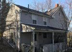 Foreclosed Home en WHITE HALL RD, Winchester, VA - 22603