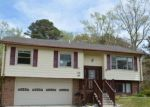 Foreclosed Home en PURGOLD RD, Seaford, VA - 23696
