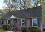 Foreclosed Home en CAVALIER DR, Yorktown, VA - 23692