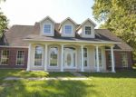 Foreclosed Home in FM 770 N, Hull, TX - 77564