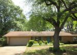 Foreclosed Home en LANEY DR, Longview, TX - 75605