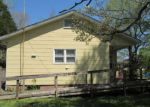 Foreclosed Home en WALLACE AVE, Lake City, TN - 37769