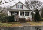 Foreclosed Home en CHAFFEE ST, New Bedford, MA - 02745