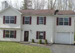 Foreclosed Home en MAPLE LOOP, East Stroudsburg, PA - 18301