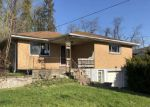 Foreclosed Home en CENTER RD, Pittsburgh, PA - 15239