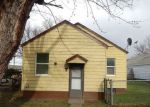 Foreclosed Home en SW GOODWIN AVE, Pendleton, OR - 97801