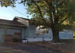 Foreclosed Home en NW GLENHART AVE, Winston, OR - 97496