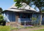 Foreclosed Home en MOUNT HOOD ST, Oregon City, OR - 97045