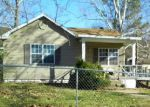 Foreclosed Home en DECHARD ST, Van Buren, AR - 72956