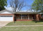 Foreclosed Home en W CHESTNUT AVE, Duncan, OK - 73533
