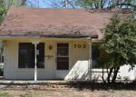 Foreclosed Home en W HACKBERRY AVE, Duncan, OK - 73533