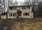 Foreclosed Home en OSWEGO RD, Liverpool, NY - 13090
