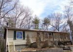 Foreclosed Home en IRA VAIL RD, Leeds, NY - 12451