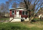Foreclosed Home en HUNT AVE, Montrose, NY - 10548