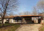 Foreclosed Home en OAKLAND AVE, Kansas City, MO - 64134