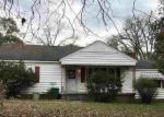Foreclosed Home en MOUNT CARMEL DR, Natchez, MS - 39120