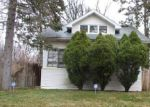 Foreclosed Home en FIVE POINTS ST, Redford, MI - 48240
