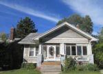 Foreclosed Home en W LONGWOOD PL, Highland Park, MI - 48203