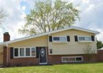Foreclosed Home en OAKDALE RD, Glen Burnie, MD - 21060