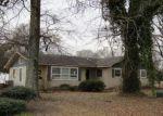 Foreclosed Home in W WILSON ST, Ville Platte, LA - 70586