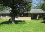 Foreclosed Home en WILLIS ST, Rayville, LA - 71269
