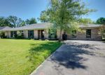Foreclosed Home en ESTATE DR, New Iberia, LA - 70563