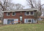 Foreclosed Home en SHERRILL AVE, Liberty, MO - 64068