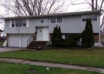 Foreclosed Home en 219TH PL, Chicago Heights, IL - 60411