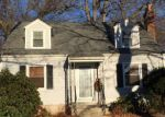 Foreclosed Home in CRESTWOOD RD, Fairfield, CT - 06824