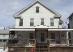Foreclosed Home en VILLAGE ST, Vernon Rockville, CT - 06066