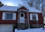 Foreclosed Home en MANNERS AVE, Naugatuck, CT - 06770