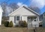 Foreclosed Home en JACOBS ST, Bristol, CT - 06010