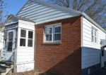 Foreclosed Home en JONES HILL RD, West Haven, CT - 06516