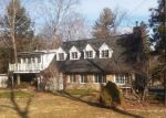 Foreclosed Home en W MEADOW RD, Wilton, CT - 06897