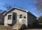 Foreclosed Home en BOSWELL ST, Stratford, CT - 06615