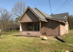 Foreclosed Home en W 8TH ST, Yellville, AR - 72687