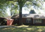 Foreclosed Home en N HOLLY ST, Beebe, AR - 72012