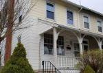 Foreclosed Home en N WALNUT ST, Birdsboro, PA - 19508