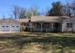 Foreclosed Home en N PARKINSON AVE, Wagoner, OK - 74467
