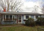 Foreclosed Home en PECAN DR, Berea, OH - 44017