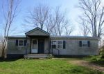 Foreclosed Home en HIGHWAY 467, De Mossville, KY - 41033