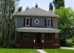 Foreclosed Home in E 8TH ST N, Newton, IA - 50208